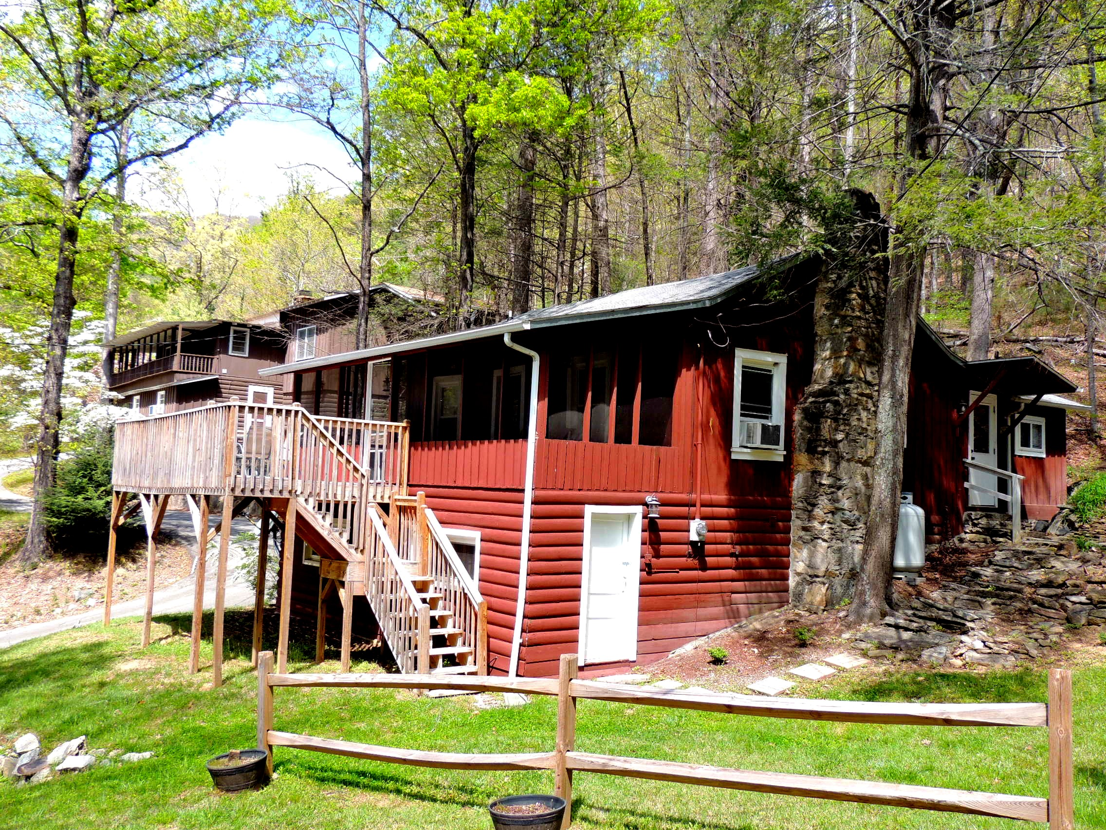 bedroom last pigeon falls sevierville forge cabin rentals cabins above minute rental the