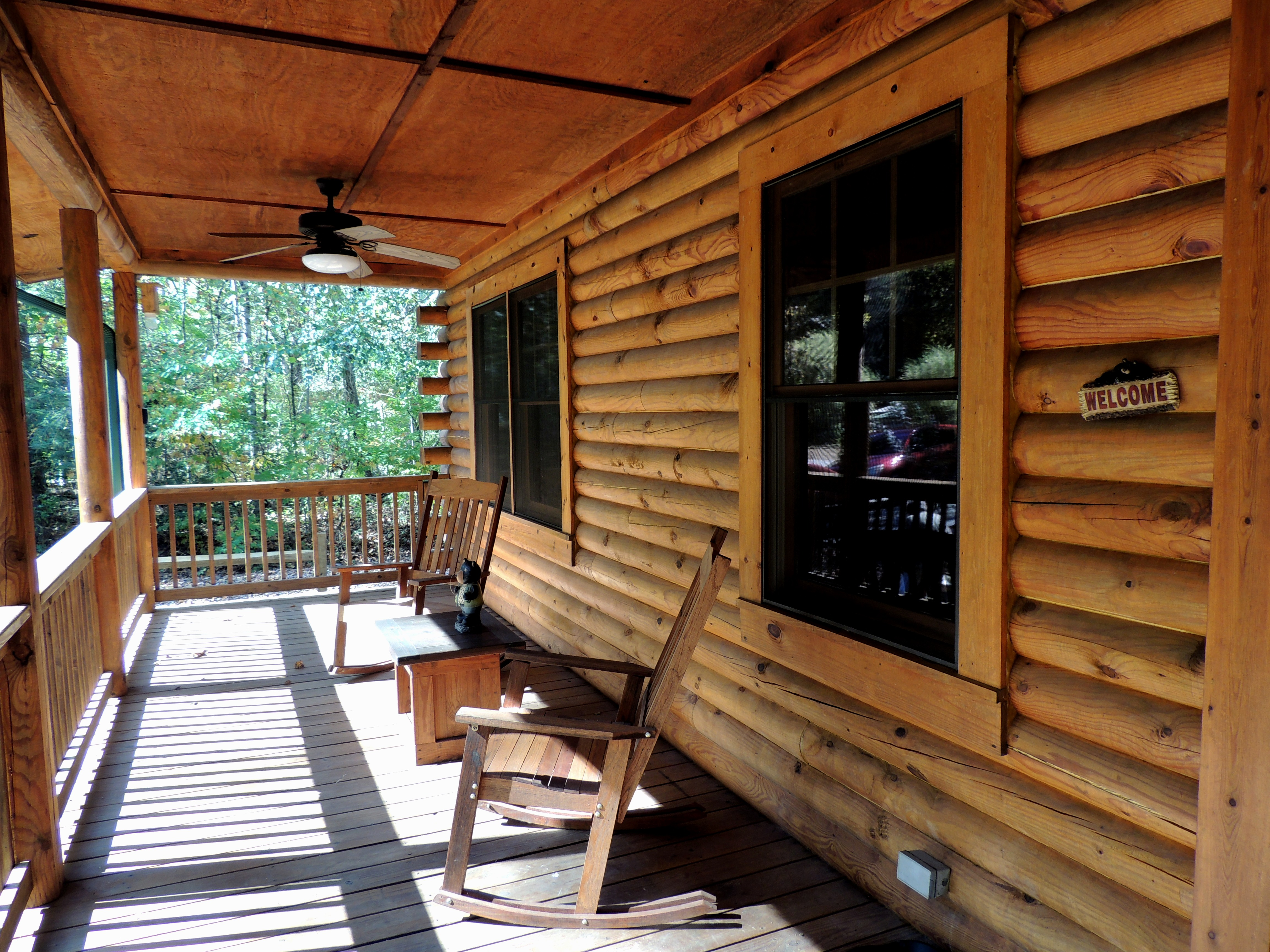 Charmant Riverside Cabin Retreat Vacation Rental In Lake Lure   RedAwning