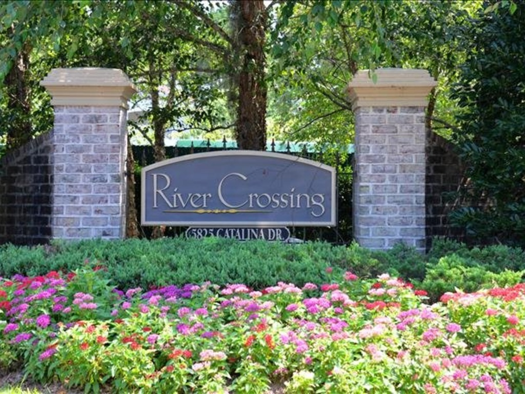 325 River Crossing ~ RA166612 | RedAwning