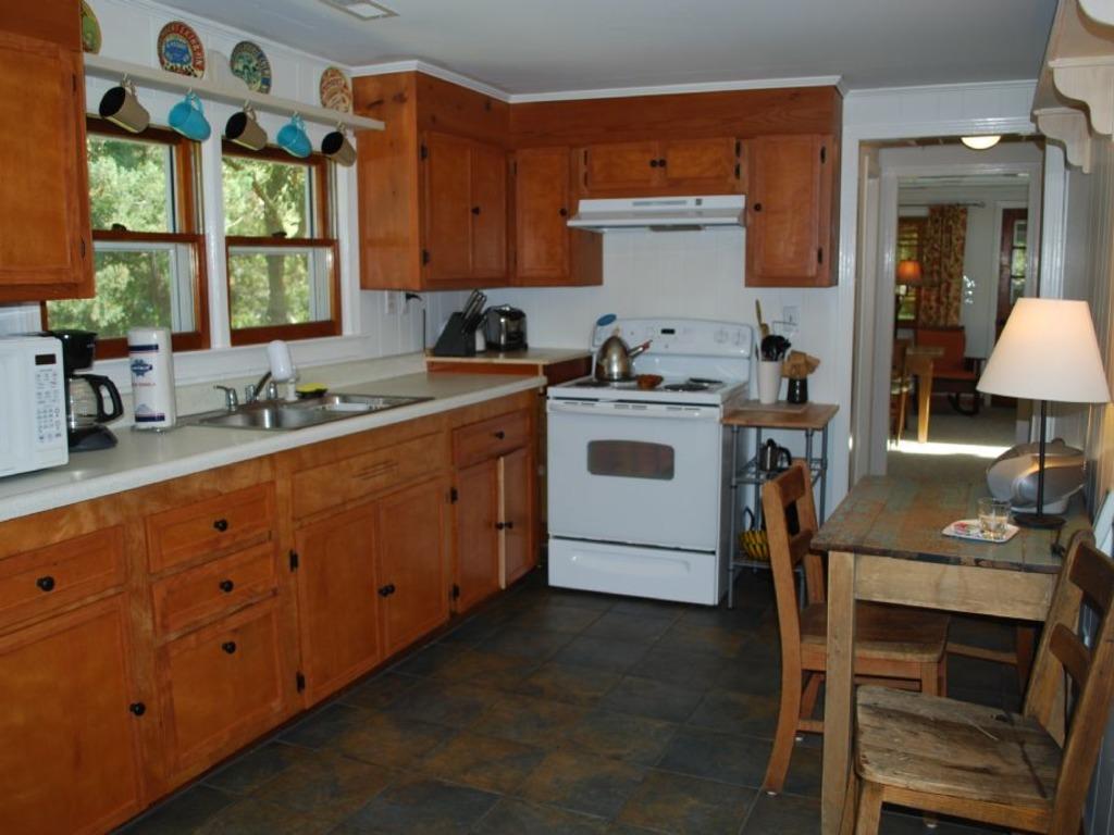 Cedar Grove Cottage ~ RA176324   RedAwning
