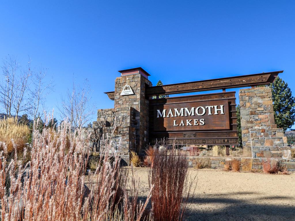 Mammoth Sierra Townhomes #24 ~ RA178265   RedAwning