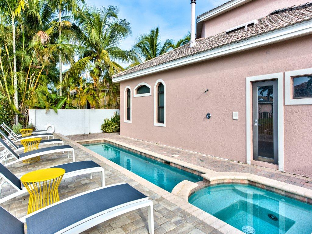 Sorrento Vacation Rental Home Naples ~ RA91009 | RedAwning