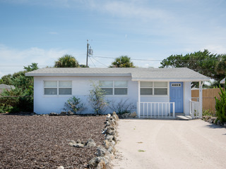 819 25th- Charming Beachside Home