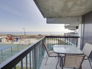 Sea Watch Condominium 205