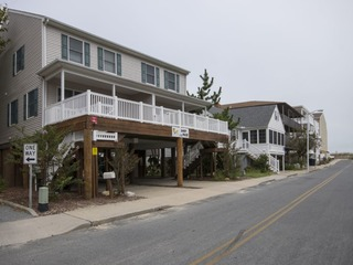 Sandy Pause Townhouse B
