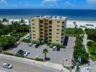 Vacation Villas #433- Beach Front