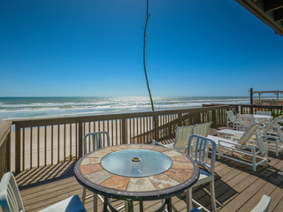 6865S- Direct Oceanfront- Bright, Beachy, Immaculate!
