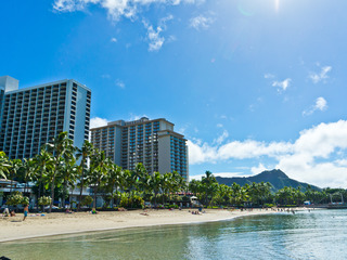 Waikiki Banyan Tower 1 Suite 1413