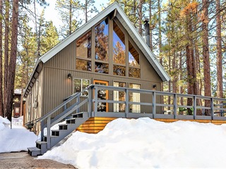 1653- Summit Lodge