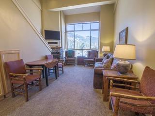 Mountain Club at Kirkwood - Ski In/Ski Out Studio+Loft #318 - image