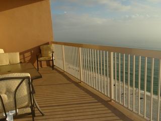 Sunrise love at Sunrise Beach 1603