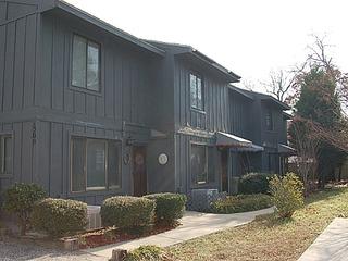 8050-E Stone Townhouse