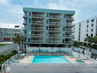 Water View Intracoastal Condo #207