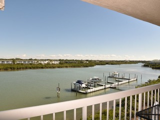 Water View Intracoastal Standard Condo #405