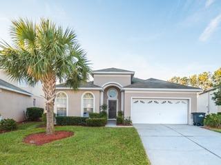 Sun Palm House- 8111