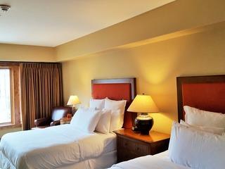 Lodge Dbl Queen Hotel 304
