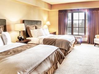 Lodge Dbl Queen Hotel 203B
