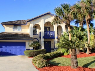 Fall special! 3 BR Home, Gated Ocean-front Subdivision, Screened in Lanai with Pool, French Door Balcony and Pet Friendly!