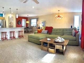 RA23 825 Condominium #869