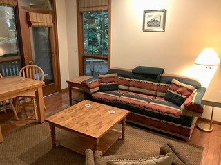 18SW- WiFi- Sitting Nook- Balcony- Sleeps 4
