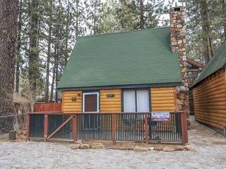 Cozy Loft Cottage