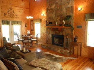 Oasis Cabin at Blairsville