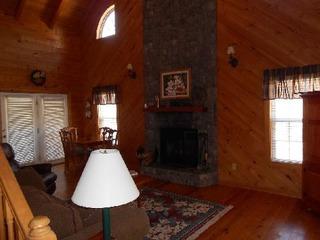 Magnolia Cabin at Blairsville