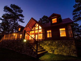 Mountain Breeze Cabin Broken Bow