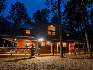 Pine Creek Lodge Broken Bow