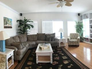 RA21 442 Condominium #62560