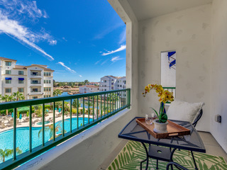 Luxurious RESORT Condo in Ocotillo with POOL & CANAL VIEWS!