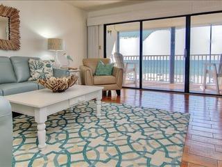 Beach Palms Condo 208
