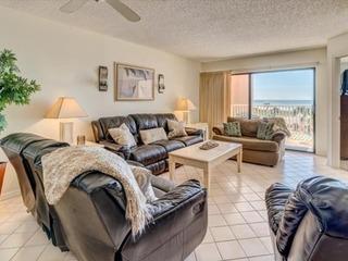 Beach Palms Home 204