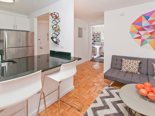 Luxurious 2 Bed Doorman Apt at UWS