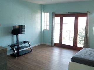 Buena Vista #3 Suite