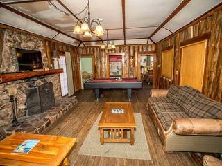0100 - Lodge House - image