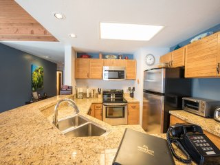 2 Br Unit With Gorgeous Remodeled Kitchen