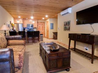 Treasure Mountain Inn- 1 Bedroom Condo #8