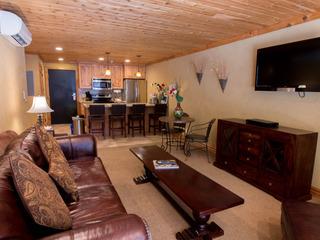 Treasure Mountain Inn- 1 Bedroom Condo #10