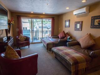 Treasure Mountain Inn- 1 Bedroom Condo #11