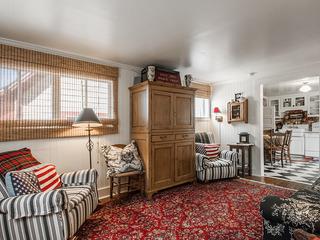 Ontario Ave 3 bedroom