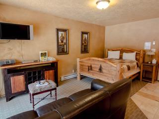 Treasure Mountain Inn- Junior Suite #33