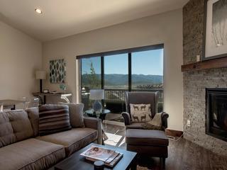 Black Rock Ridge 3 bedroom Townhome