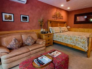 Treasure Mountain Inn- Junior Suite #35