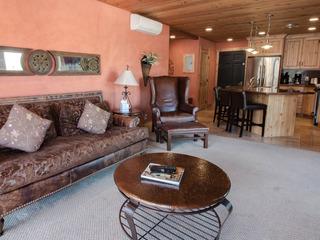 Treasure Mountain Inn- 1 Bedroom Condo #31