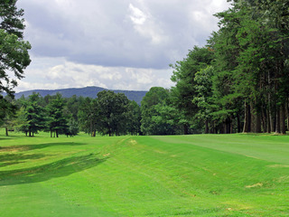 Brushy Mountain Lodges & Golf Club