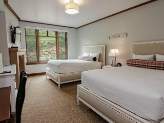 Escala Hyatt Double Queen Suite