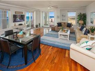 B311 Sea View (4 Bedroom condo)
