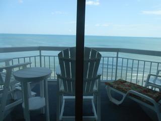 1009 Waters Edge Resort