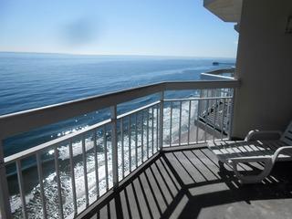 1207 Waters Edge Resort
